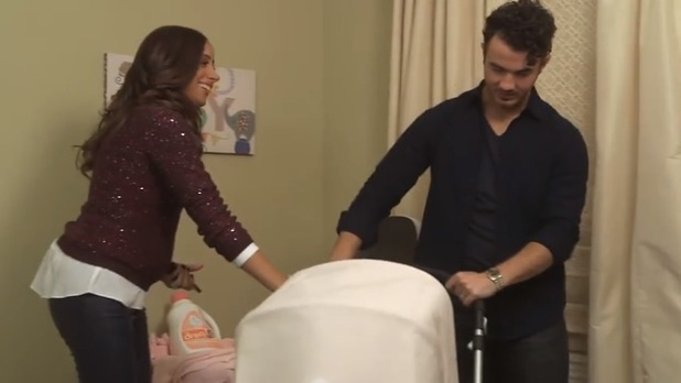Danielle Jonas and Kevin Jonas get ready for baby's arrival - 8 Jan 2014
