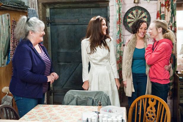 Emmerdale, Rachel tries on wedding dress, Fri 10 Jan