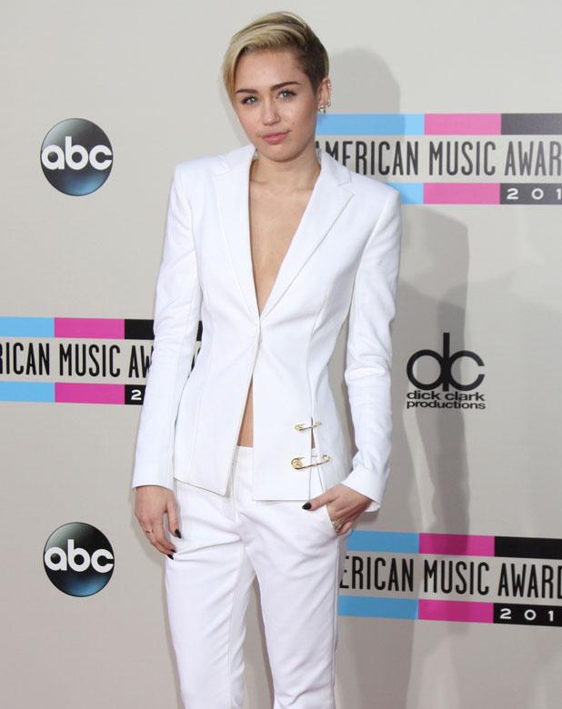 Miley Cyrus at the American Music Awards 2013, 24 November 2013