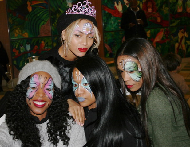 Beyoncé throws birthday party for Blue Ivy at Jungle Island in Miami - January 2014