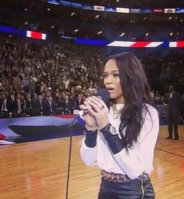 Tamera Foster sings national anthem at NBA Live game in London, meets Cara Delevingne - 16.1.2014