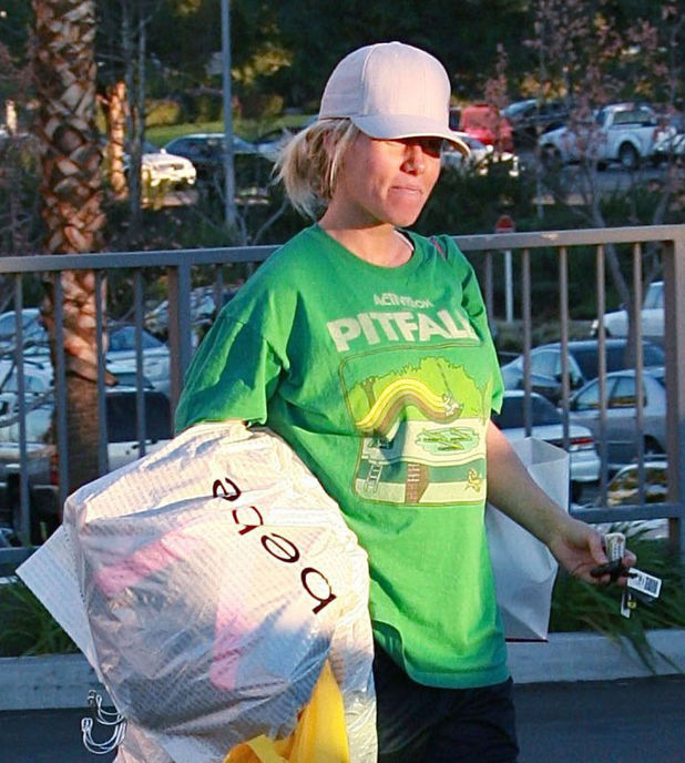 Kendra Wilkinson out and about, Los Angeles, America - 15 Jan 2014