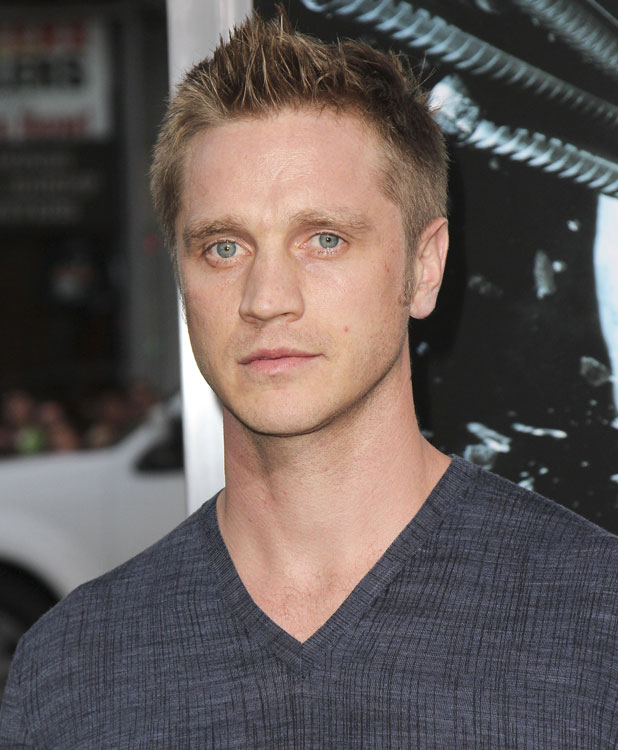 "Devon Sawa The LA Premiere of ""Final Destination 5"" held at Grauman's Chinese Theatre Hollywood, California - 10.08.11"