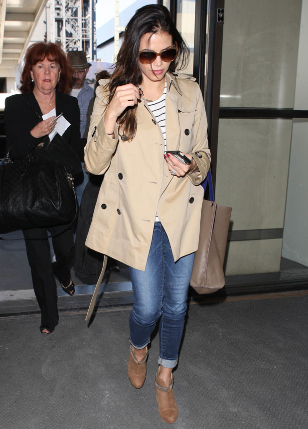 Jenna Dewan leaving for a flight at Los Angeles International Airport (LAX), 14 January 2014