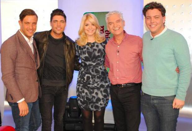 TOWIE's Tom Pearce, Elliott Wright and James 'Diags' Bennewith volunteered to get some extensions in their hair on ITV's This Morning on Wednesday (22 January).