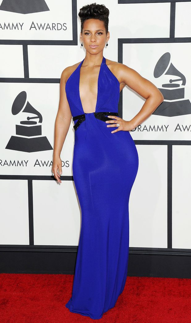 Alicia Keys rocked a plunging neckline in this electric blue Armani    Alicia Keys Grammy Dress