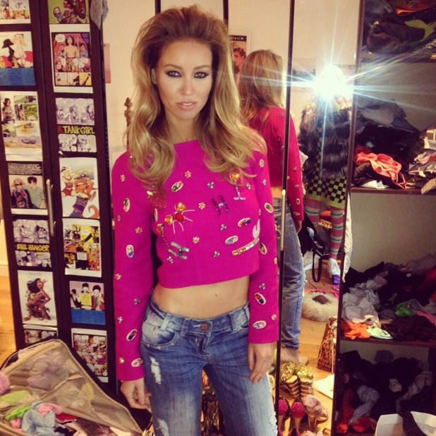 Lauren Pope shows off backcombed hair in Twitter picture - 28 January 2014