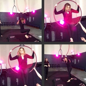 Khloe Kardashian and Kourtney Kardashian try out aerial acrobatics - January 2014