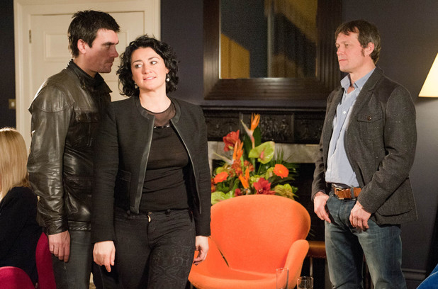 Emmerdale, Cain catches Moira and James, Fri 7 Feb