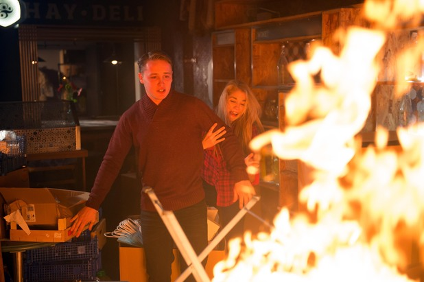 Hollyoaks, Holly and Jason trapped by the fire, Thu 6 Feb