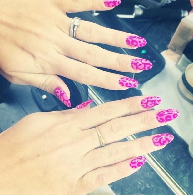 Lily Allen's leopard print nails