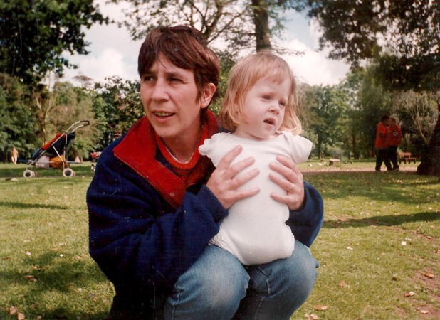 Joanne O'Riordan, Tetra-amelia syndrome sufferer