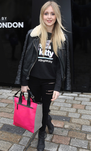 Diana Vickers arrives at London Fashion Week (17 December 2014).