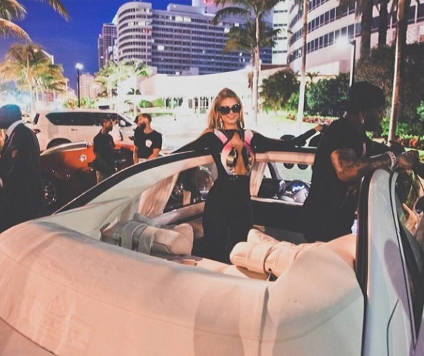 Paris Hilton celebrates her 33rd birthday in Miami with Young Money and Birdman - 24.2.2014
