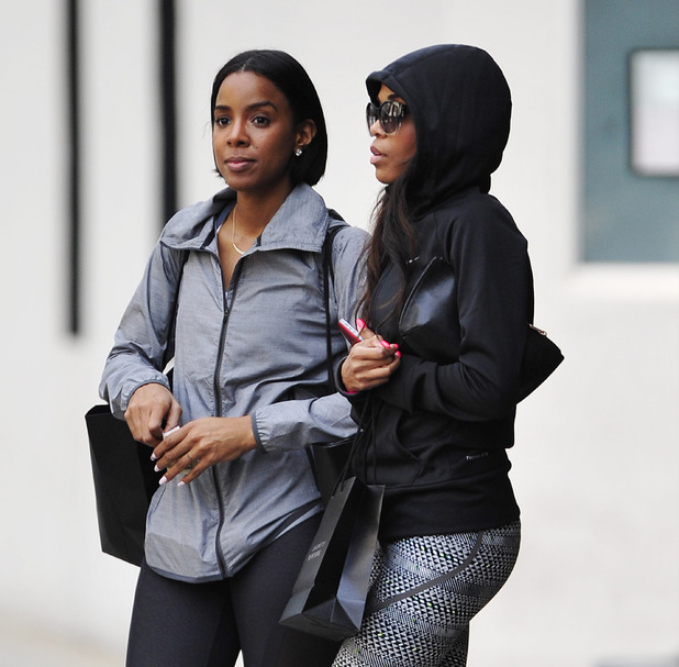 Kelly Rowland on a shopping day out with a female companion in Beverly Hills - 26.2.2014