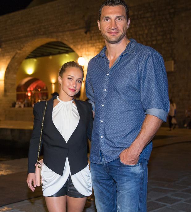 Klitschko In A City Top
