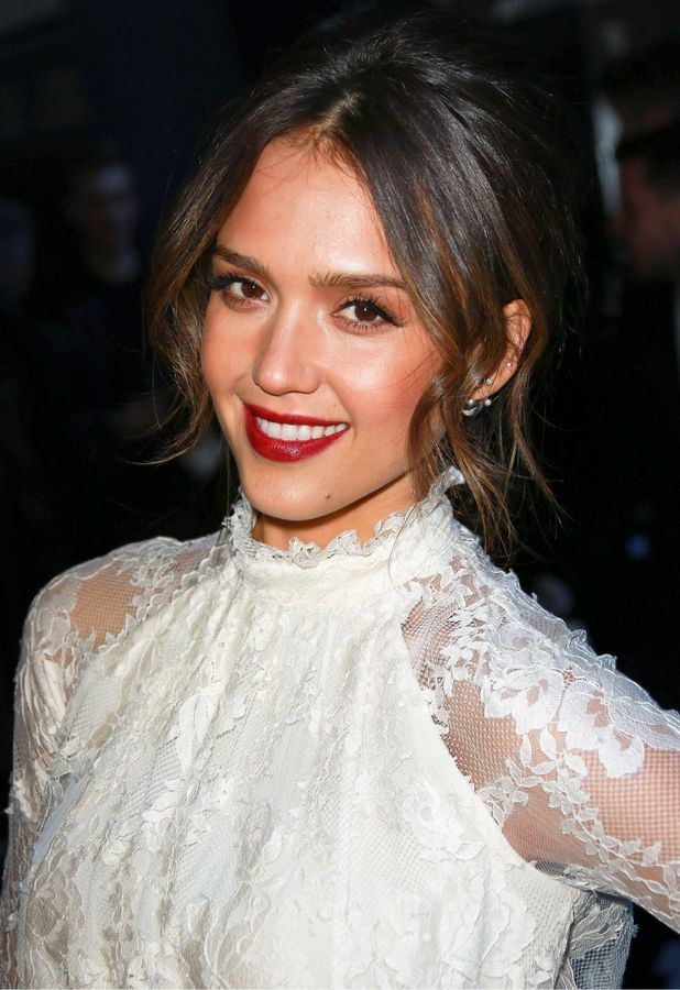 Jessica Alba attends the H&M autumn/winter 2014 show at Paris Fashion Week - 26 February 2014