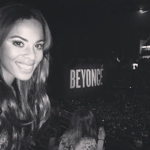 The Saturdays' Rochelle Humes at Beyoncé's concert in London (6 March 2014).