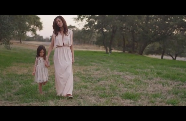 Teen Mom star Farrah Abraham releases video for new single Blown - 18 March 2014