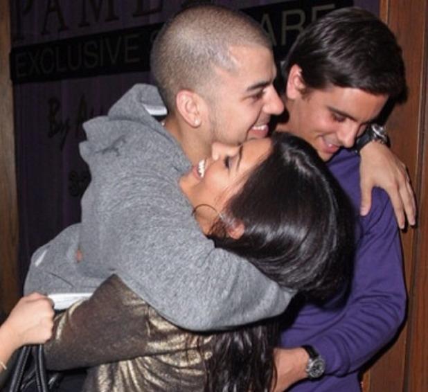 Kourtney Kardashian wishes brother Rob happy birthday, March 17