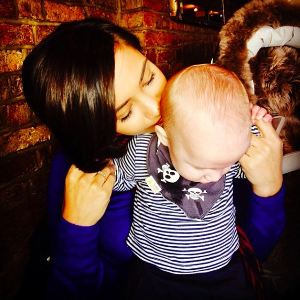 Frankie Sandford shares super cute pic of herself with son Parker, March 22 2014