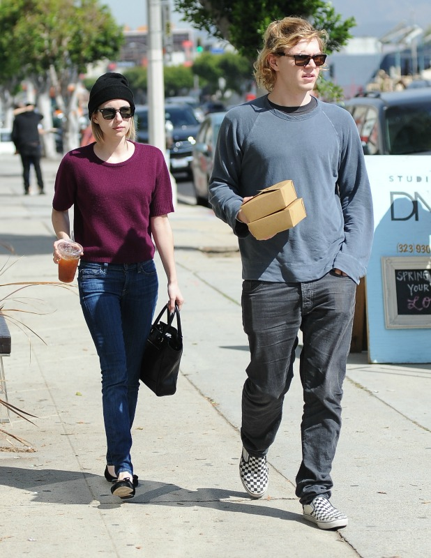 Emma Roberts and Evan Peters do some furniture shopping on Thursday morning, 20 March 2014