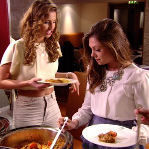 Fran Parman and Ferne McCann argue at the curry buffet - 30 March 2014