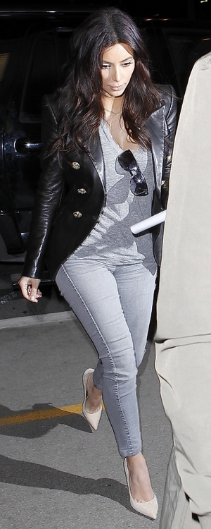 Kim Kardashian arrives at Los Angeles International Airport in America - 24 March 2014