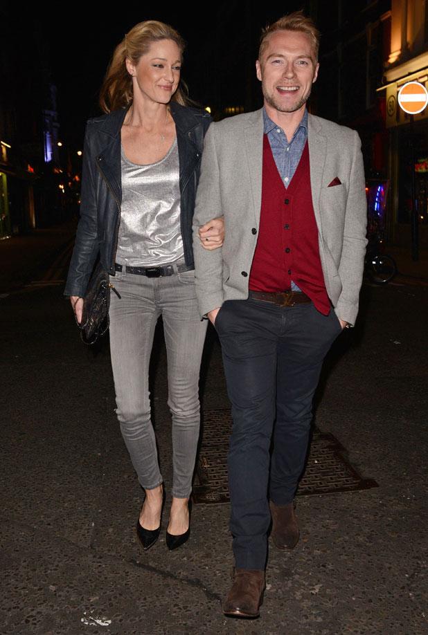 ronan dating Saoirse ronan and billy howle dating & relationship cute momentssaoirse ronan and billy howle datingsaoirse ronan and billy howle relationshipsaoirse rona.