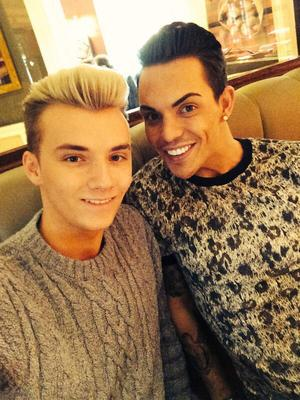TOWIE's Bobby Norris and Harry Derbidge do lunch - 31 March 2014