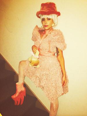 Lady Gaga celebrates her 28th birthday. (29 March)