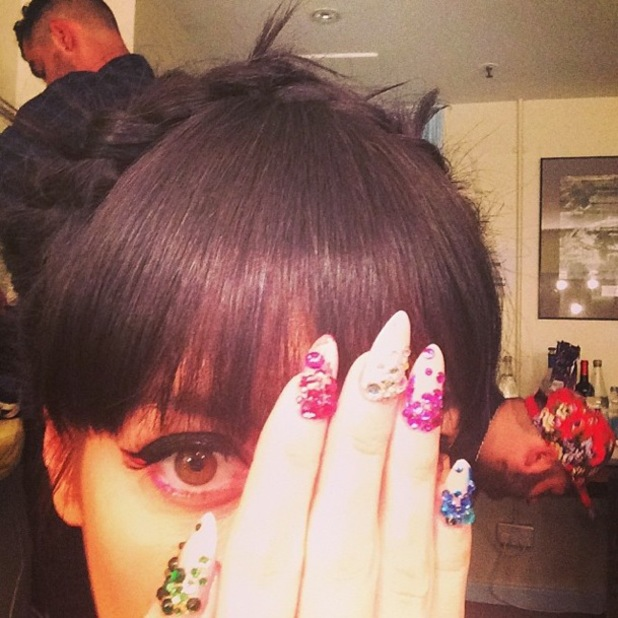 Lily Allen shows off colourful crystal manicure before performing at the Royal Albert Hall - 1 April 2014