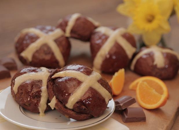 Orange and chocolate hot cross buns