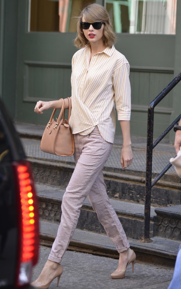 Taylor Swift walking down the street in New York, America - 10 April 2014