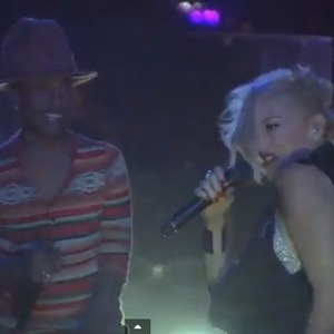 Gwen Stefani joins Pharrell on stage for Coachella performance. (12 April).