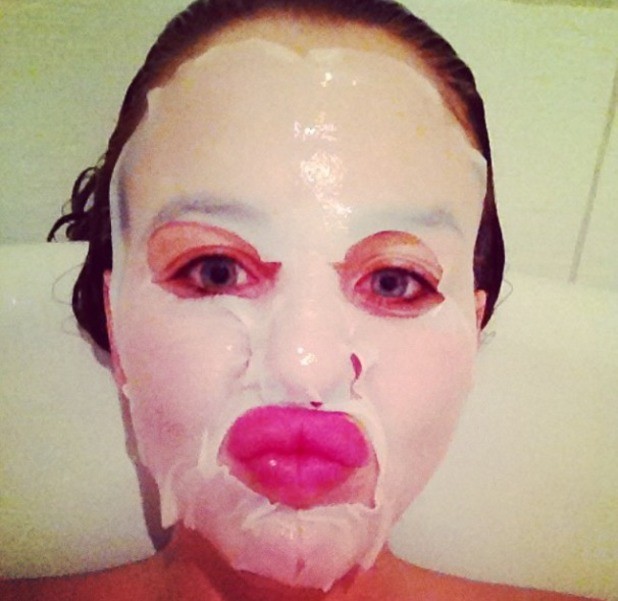 Lydia Bright's scary face mask selfie, 14 April 2014