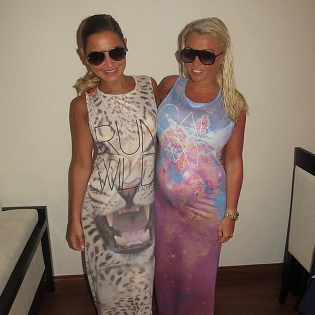 Sam and Billie Faiers end their Dubai holiday, 15 April 2014