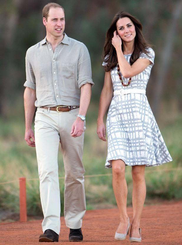 Prince William and Catherine Duchess of Cambridge visit Uluru, Northern Territory, Australia - 22 Apr 2014 Prince William and Catherine Duchess of Cambridge