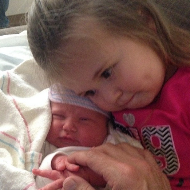 Kevin Federline releases first photo of baby daughter Peyton Marie, 24 April 2014