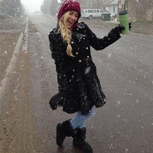 Heidi Montag dances in the snow - 29 April 2014