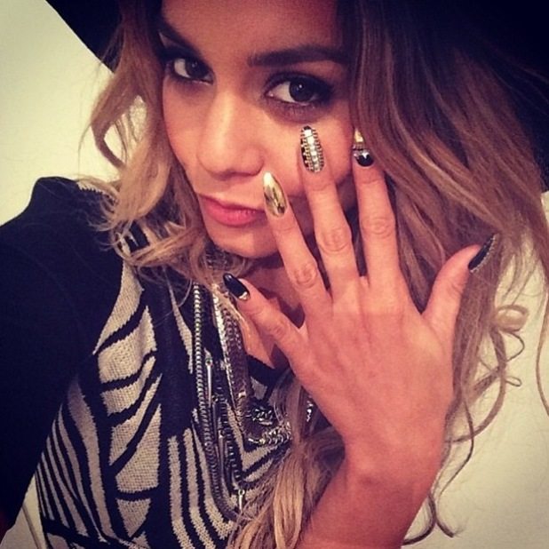 Vanessa Hudgens rocks striking black and gold 3D manicure ... Vanessa Hudgens Nails