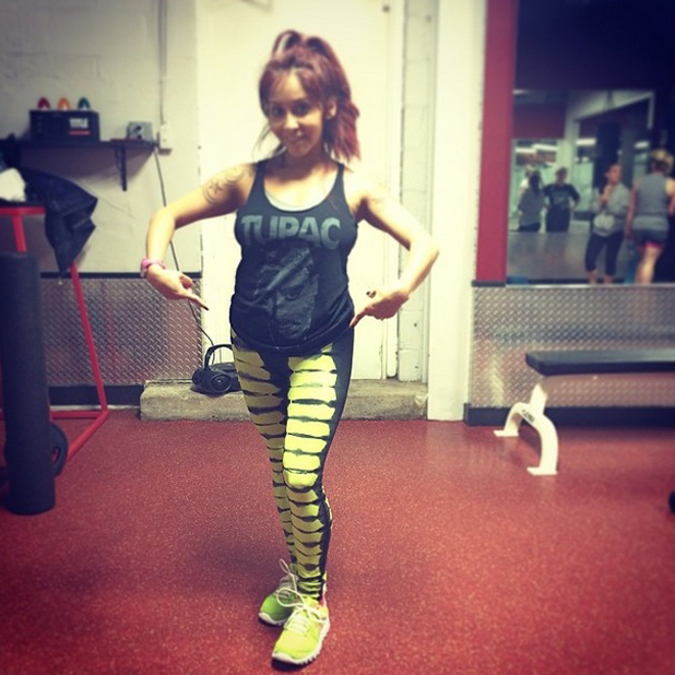Snooki shows off her baby bump while working out at the gym, 30 April 2014