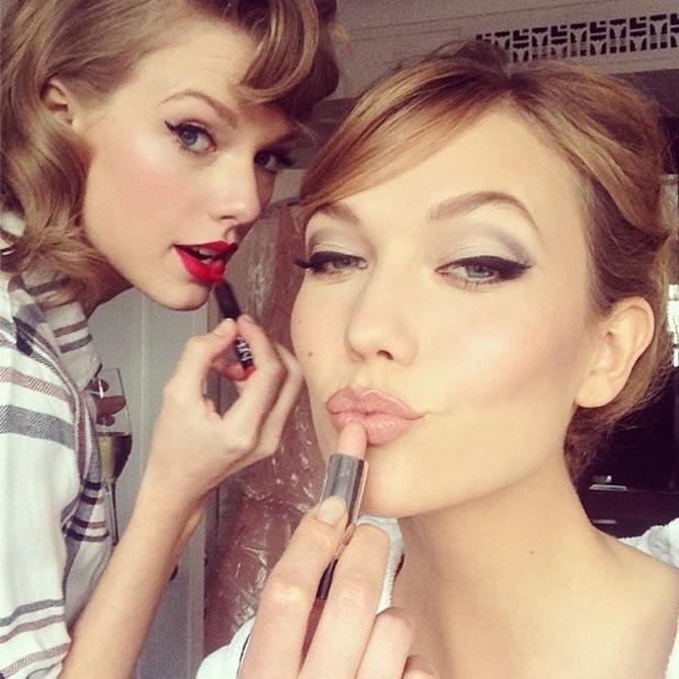 lesbian lip smackers: