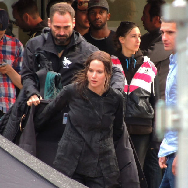Jennifer Lawrence on the set of The Hunger Games: Mockingjay – Part 1 in Ivry-sur-Seine, 7 May 2014