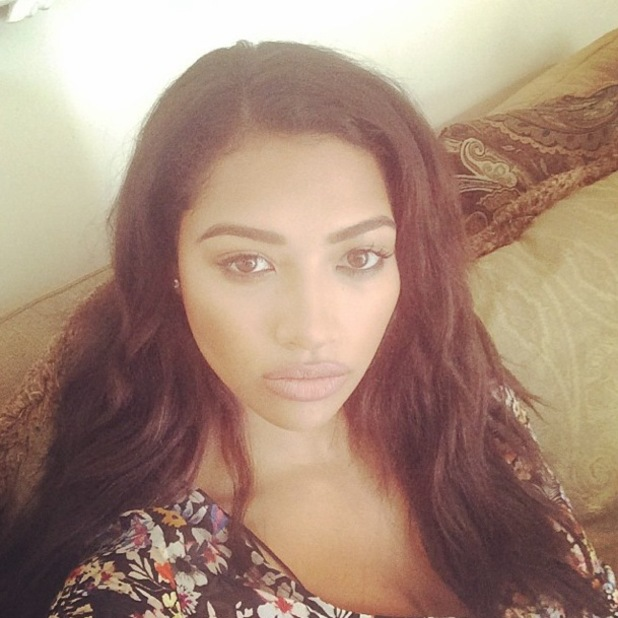 The Saturdays' Vanessa White shows off barely-there make-up in an Instagram selfie - 12 May 2014