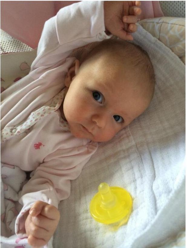 John Krasinksi shares photo of baby Hazel 13.05.14