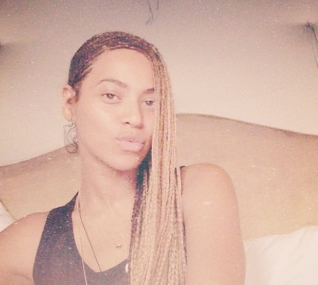 Beyonce posts a selfie to Instagram on day of Kim Kardashian and Kanye West's wedding, 24 May 2014