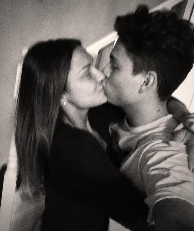 Sam Faiers kisses Joey Essex in new photo - 18 May 2014