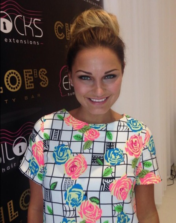 Sam Faiers shows off her hair and make-up look while visiting Chloe Sims' Beauty Bar - 21 May 2014