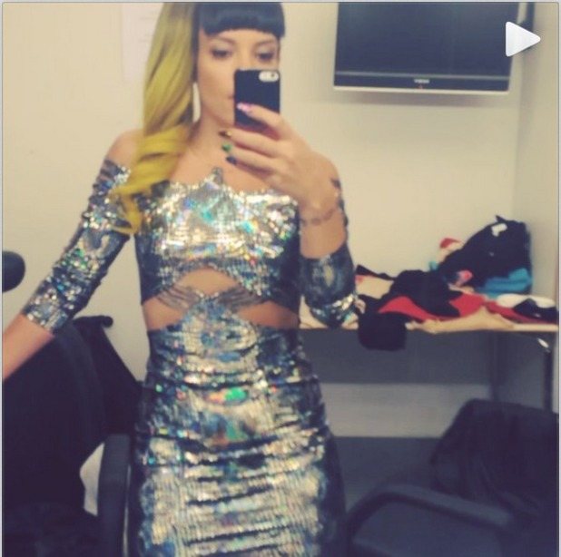 Lily Allen posts video dancing to Beyonce 27.05.14